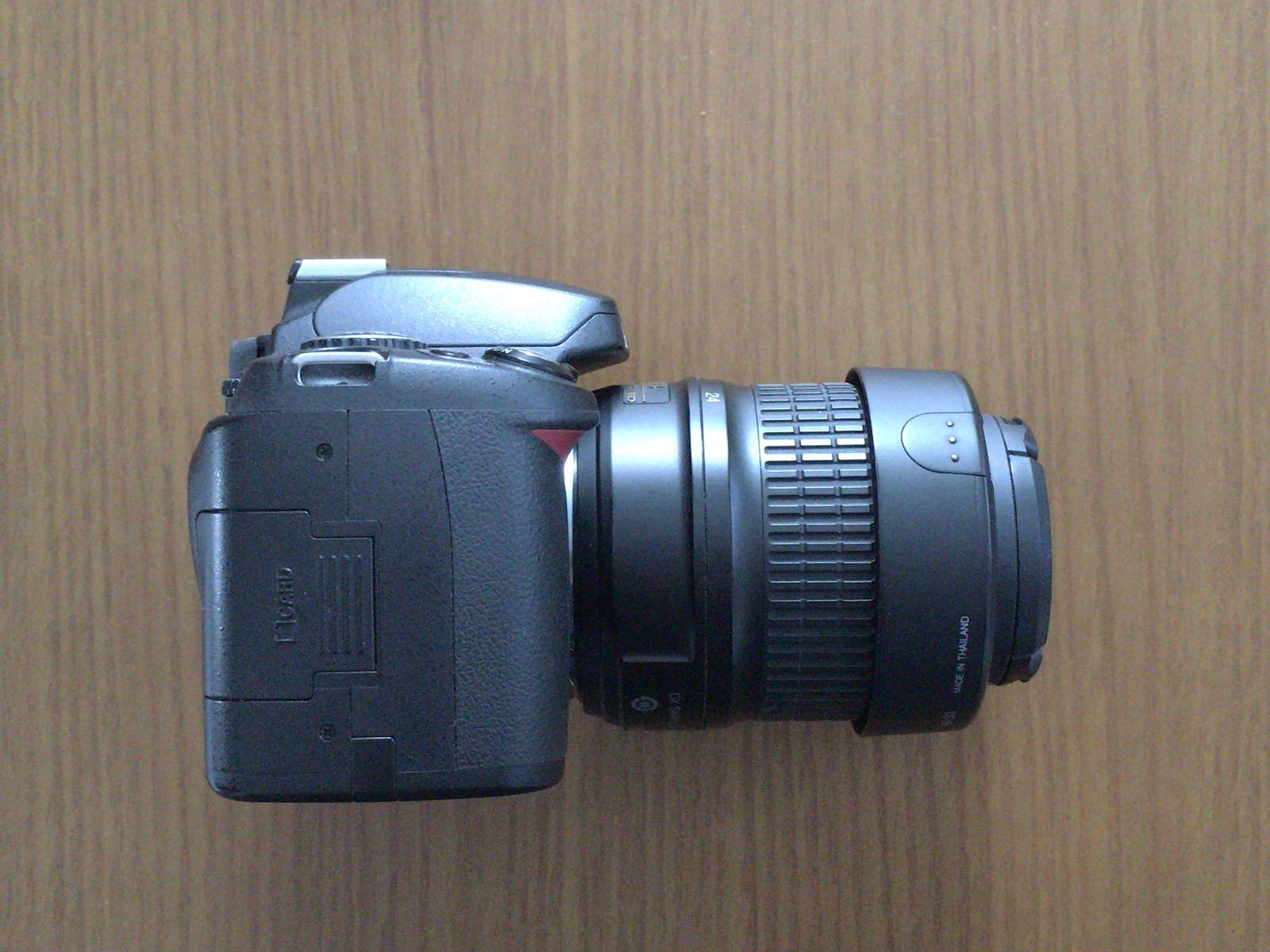 Nikon_D40側面1